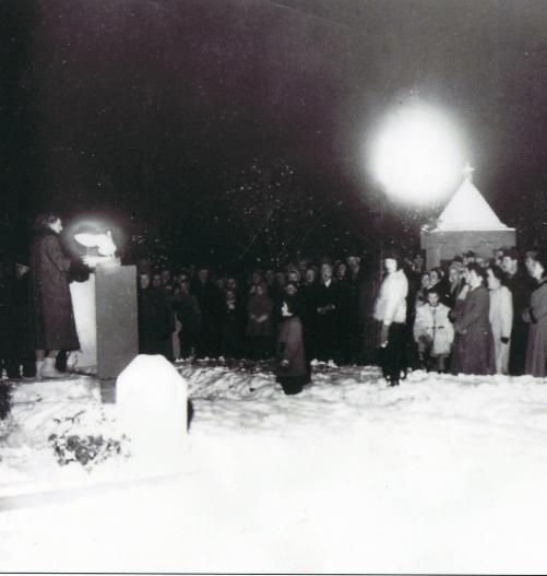 kirkegårdskrigen forside