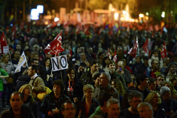la-fg-wn-protests-austerity-southern-europe-20-001