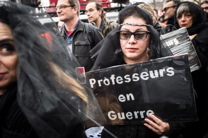1283875-prodlibe-2019-1739-manifestation-a-paris-contre-la-reforme-des-retraites.jpg